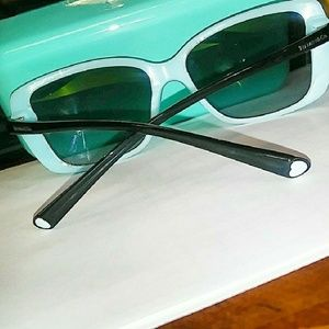 💙 Tiffany & Co. Sunglasses FIRM PRICE